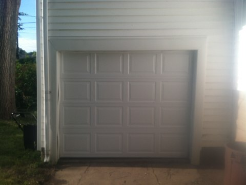 St Louis Park, MN - Ben just installed new garage door and operator in St. Louis Park. .