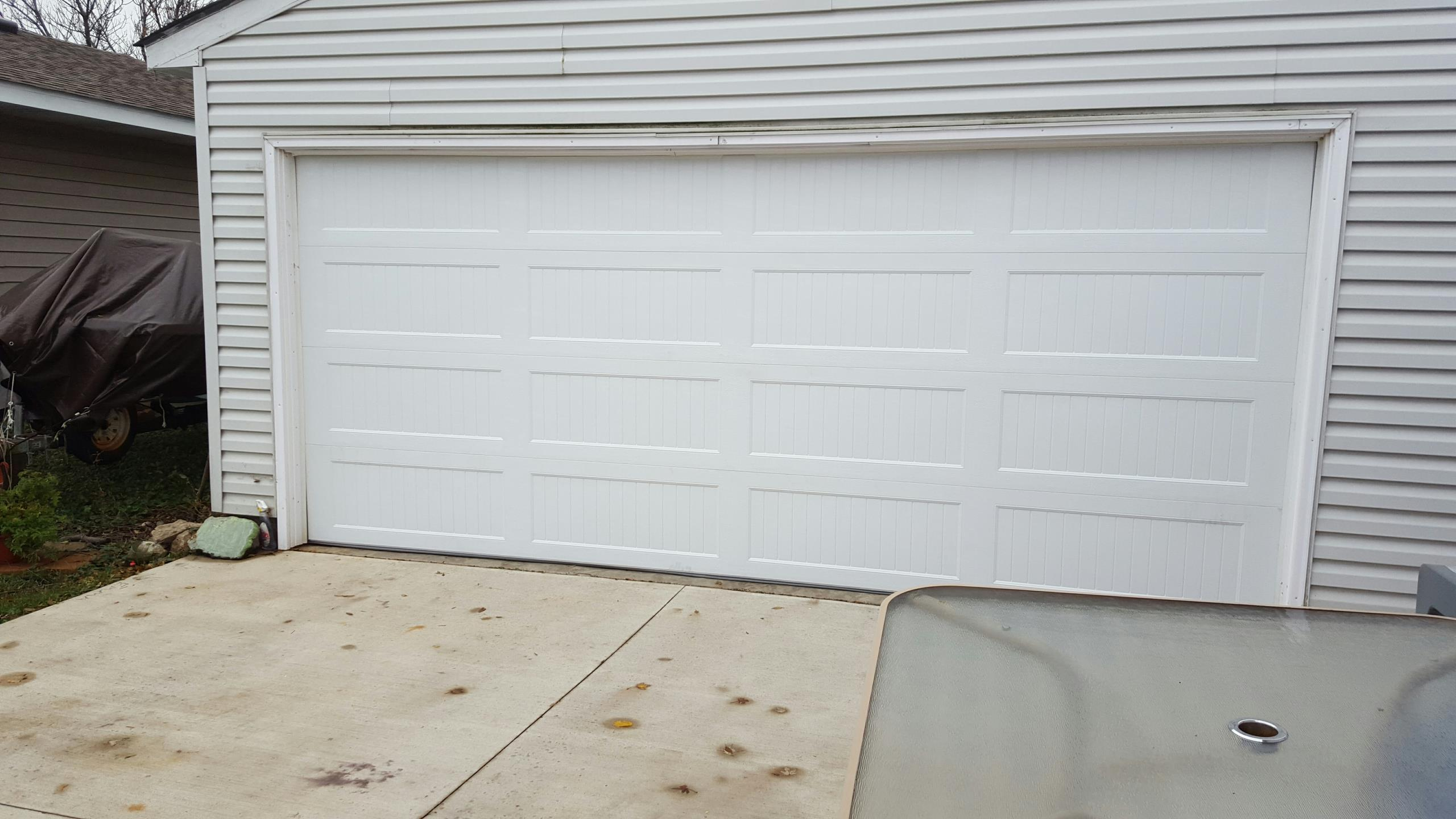 North Saint Paul, MN - Jeremy installed 16 ?7 garage door