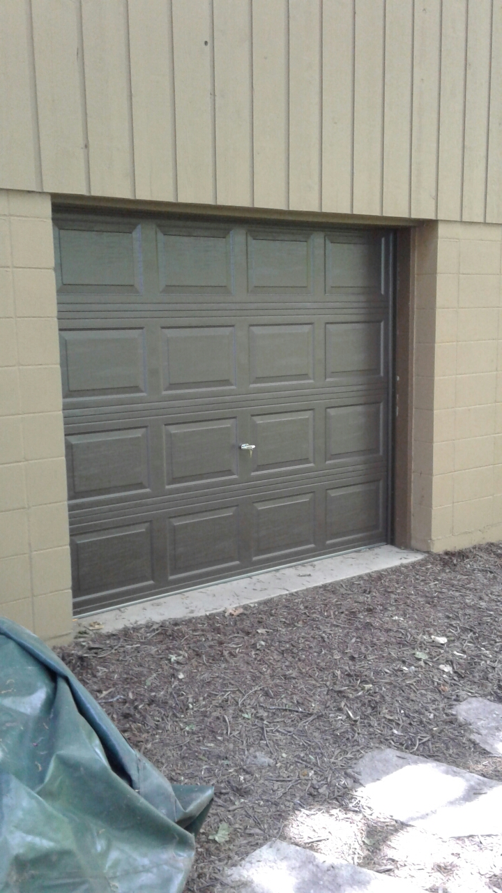 Greenwood, MN - Jon installed North Central RP25 8x7 Garage Door