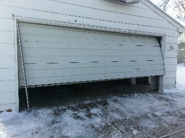 Robbinsdale, MN - fixed a crashed garage door