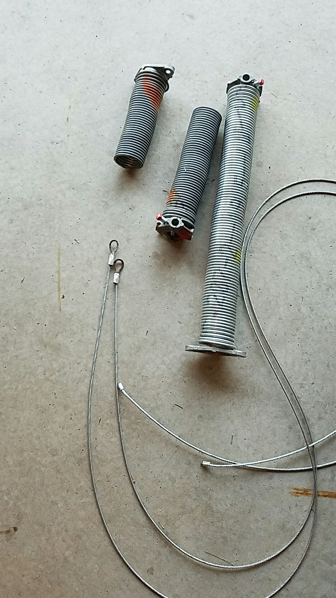 Lino Lakes, MN - Replaced garage door Springs and cables