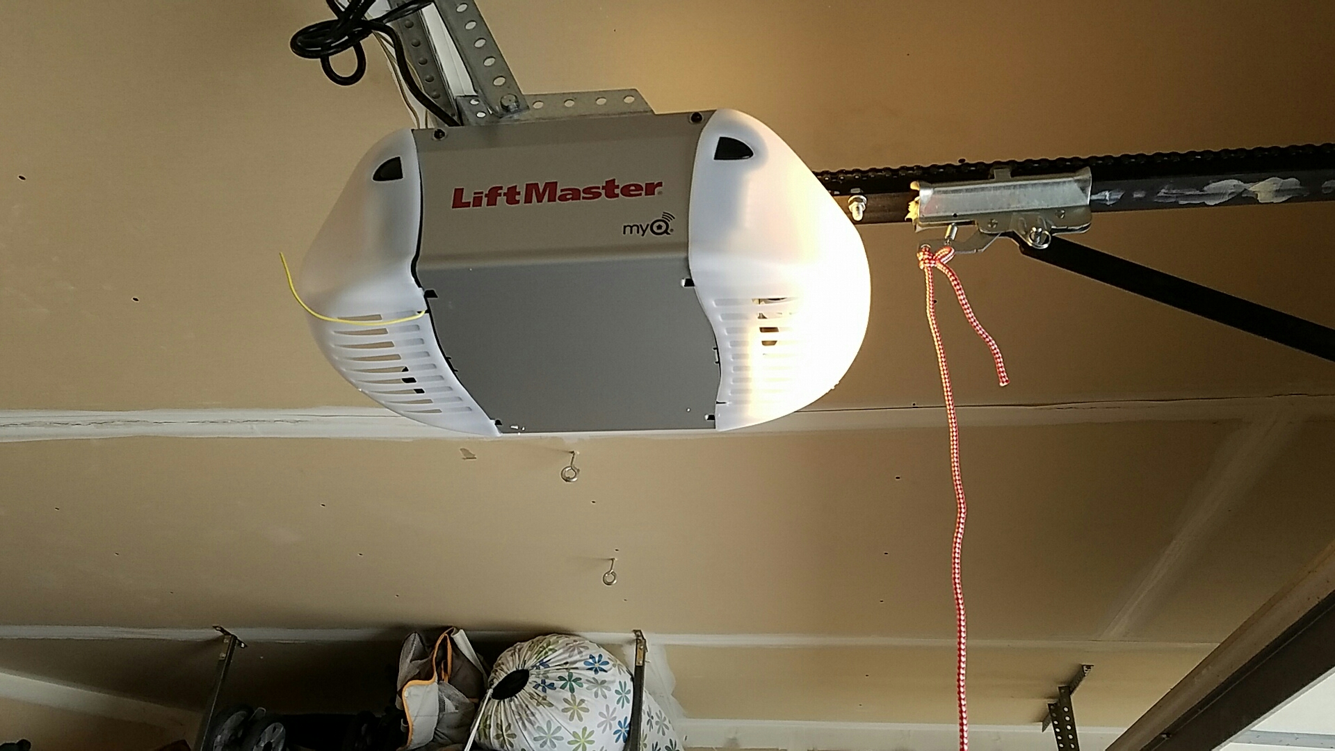 Osseo, MN - Replaced garage door opener with a new liftmaster