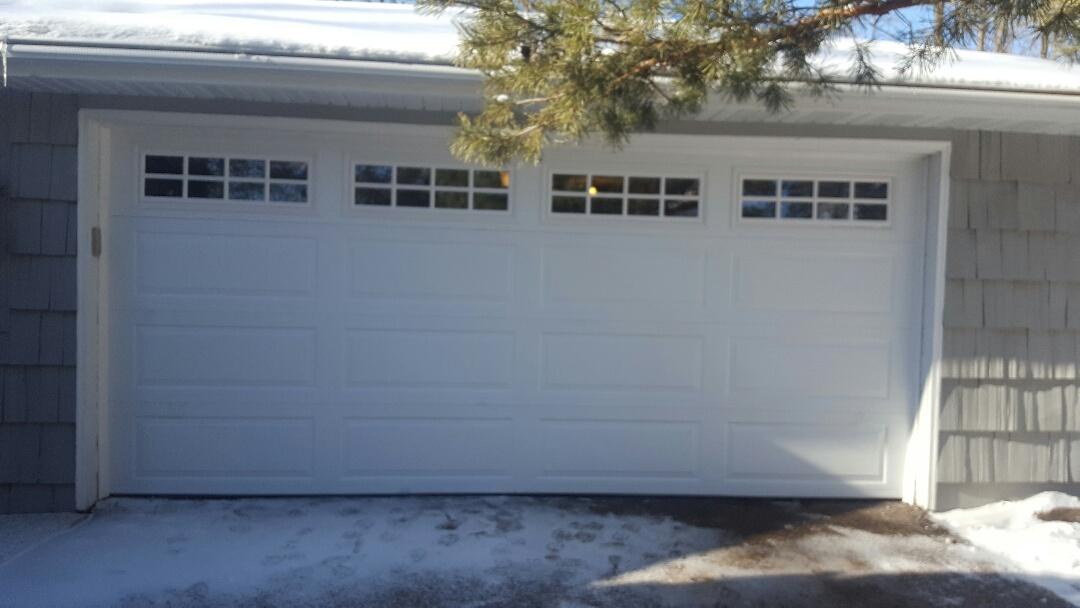 Wayzata, MN - Jeremy installed 16 by 7 garagedoor