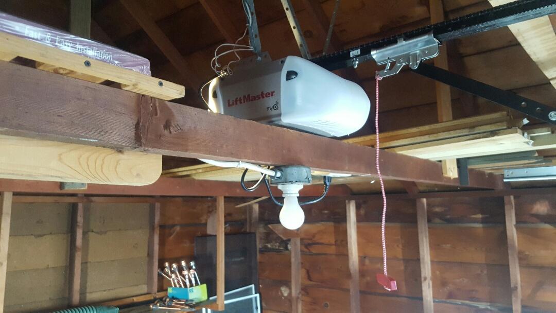 Andover, MN - Jeremy installed new liftmaster garage door opener