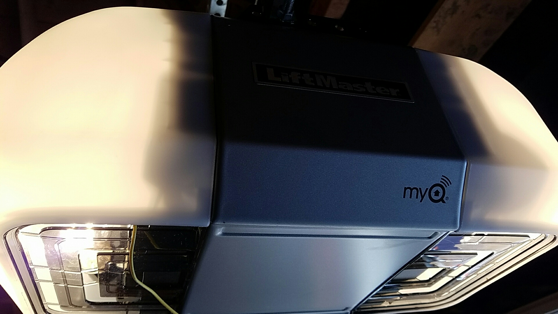 New Brighton, MN - Replaced garage door opener with a new liftmaster