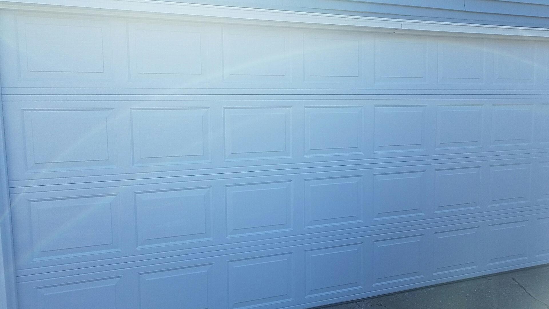 Roseville, MN - Replaced garage door and opener