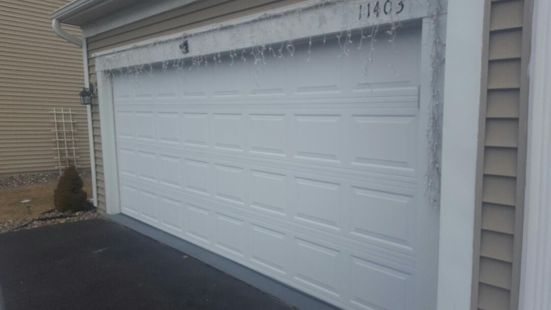 Blaine, MN - Jeremy installed new garage door