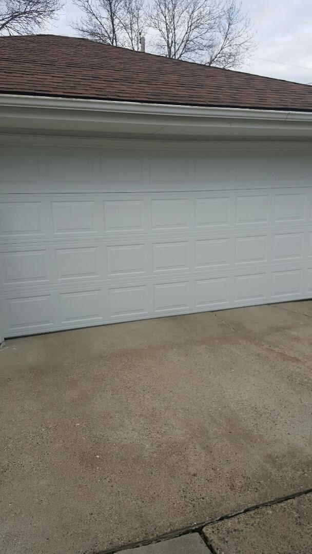 Rosemount, MN - Rory installed a garage door in Rosemount, MN