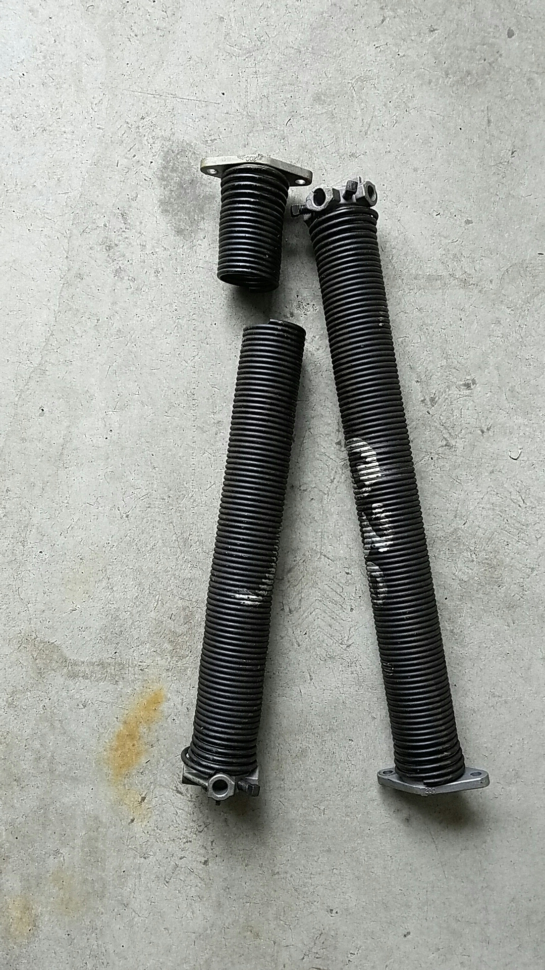 Saint Paul, MN - Replaced garage door Springs