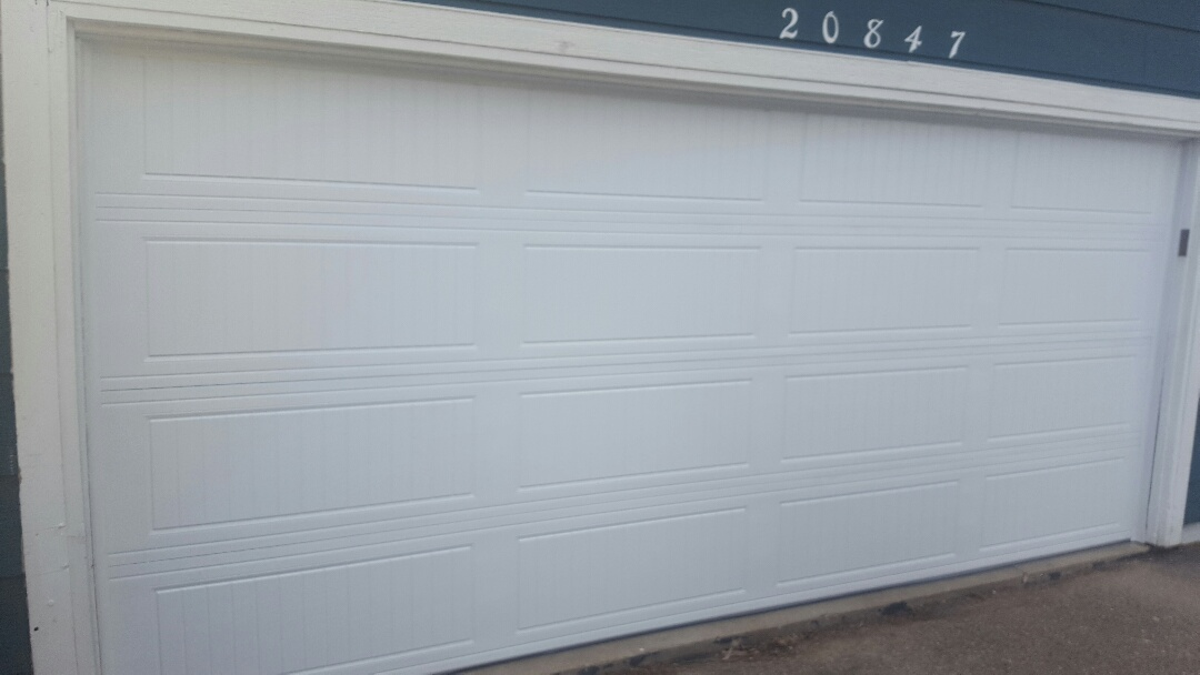 Farmington, MN - Jeremy installed garage door