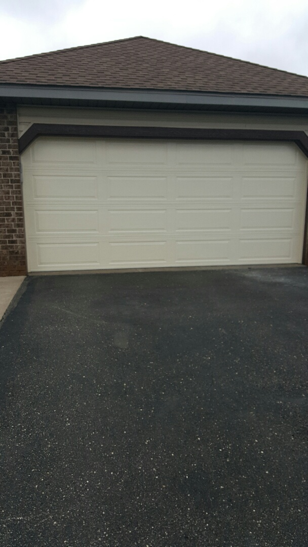 Woodbury, MN - Rory installed a garage door in Woodbury,  MN.