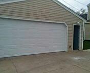 Chaska, MN - Garage door service replace broken garage door.