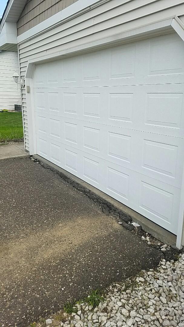 Maple Grove, MN - Garage door tune-up garage door repair