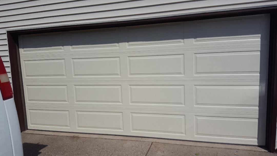 Bloomington, MN - Jeremy installed new garage door