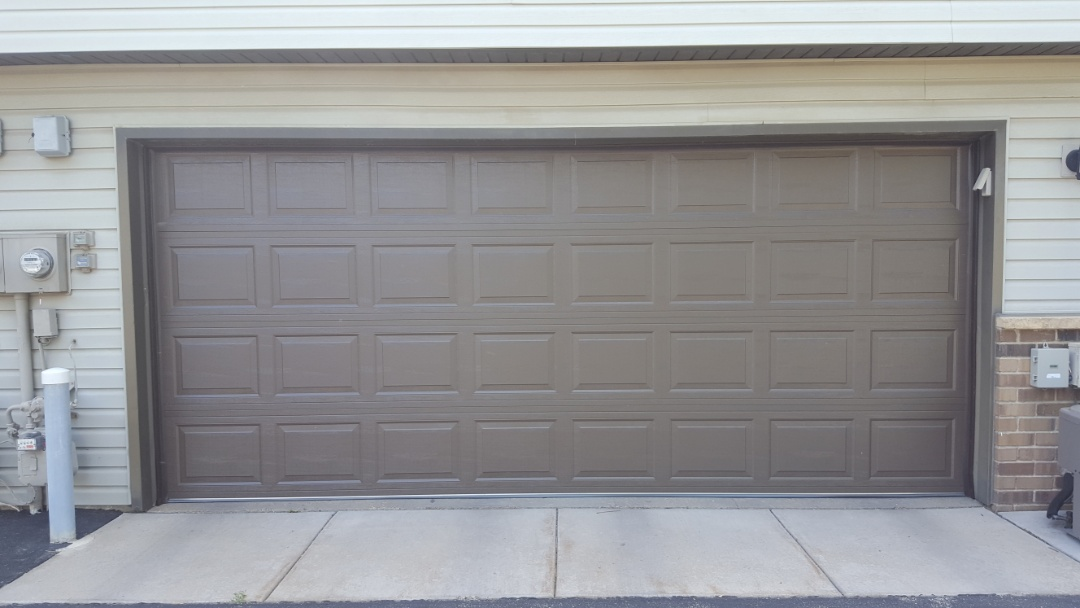Burnsville, MN - Jeremy installed new garage door