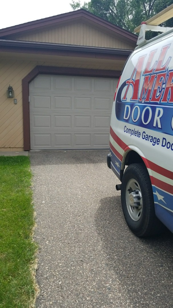 Chanhassen, MN - Garage door service