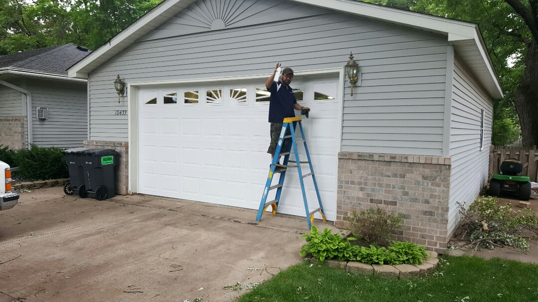 Minneapolis, MN - Jeremy installed 16 by 8 garage door