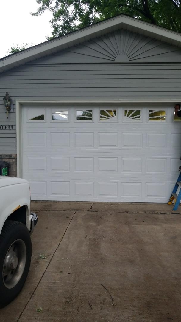 Chanhassen, MN - Garage door install