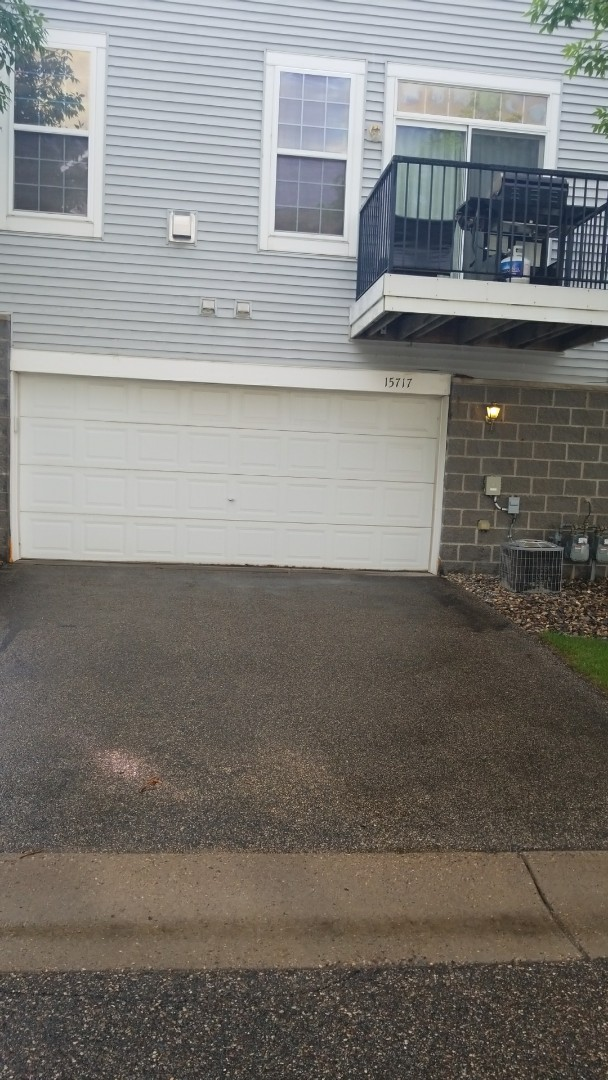 Apple Valley, MN - Garage door service