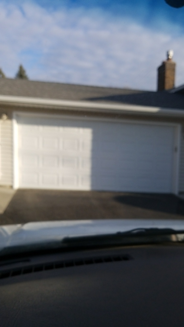 Minneapolis, MN - garage door service replaced 2 springs