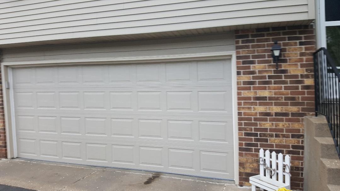 Maple grove mn all american garage doors repairs for Garage door repair minneapolis