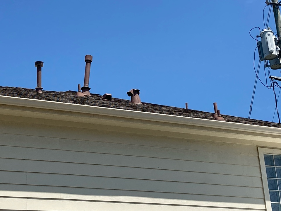 Houston, TX - Leaking roof at vent pipe.