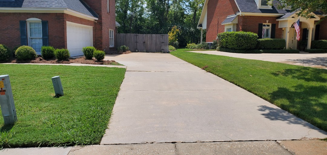 Driveway cleaning Sturbridge montgomery