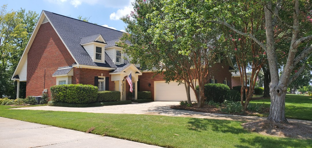 Montgomery, AL - House and driveway cleaning Sturbridge montgomery