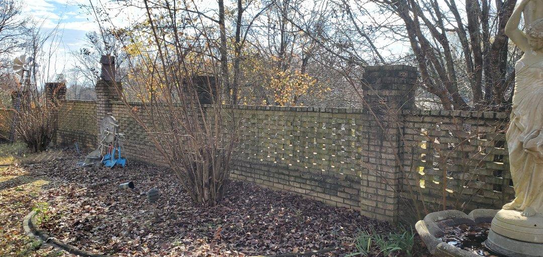 Prattville, AL - Pressure washing brick fence, prattville pressure washing, soft washing.