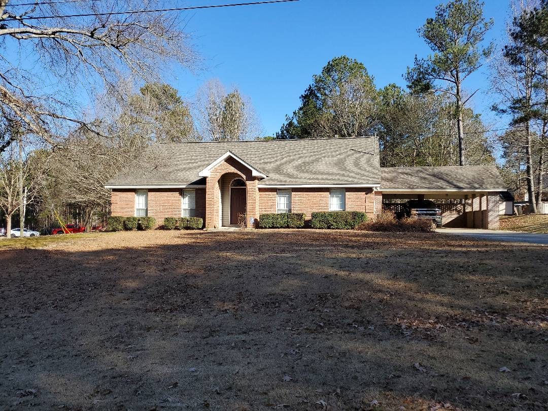 Wetumpka, AL - Pressure washing, roof cleaning, roof washing, concrete cleaning, residential and commercial pressure washing, window cleaning, deck cleaning, gutter cleaning, house washing, church pressure washing discount, veteran discount, first responder discount.