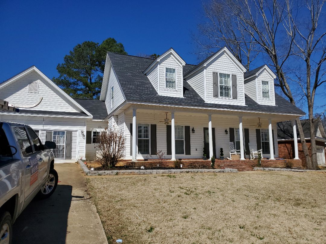 Montgomery, AL - Doing an estimate on this beauty for pressure washing. Prattville pressure washing