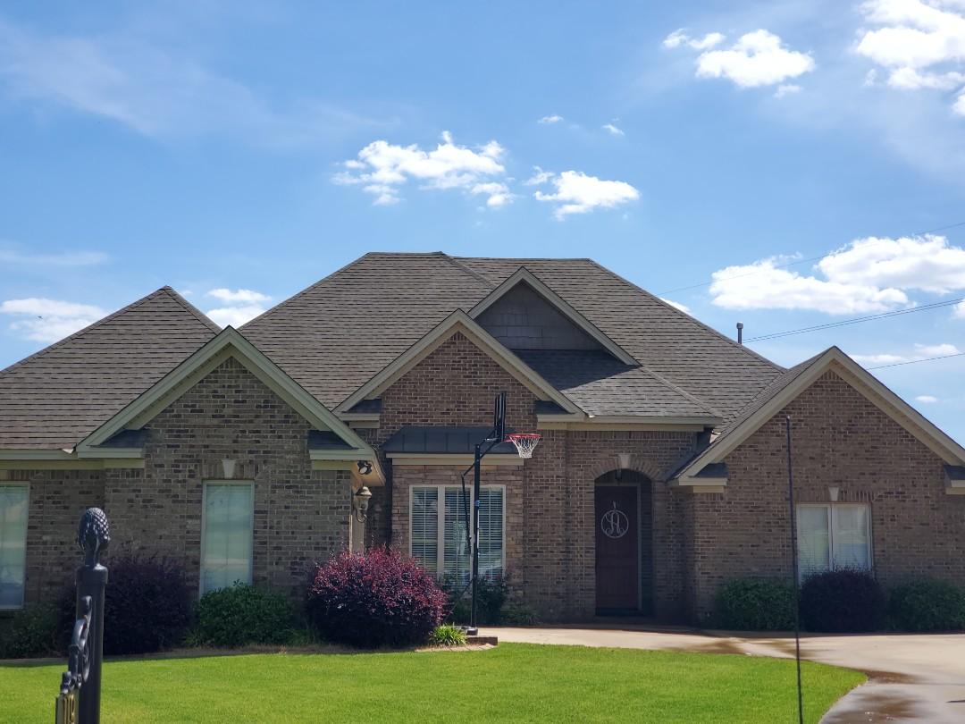 Prattville, AL - Roof wash. Heartstone