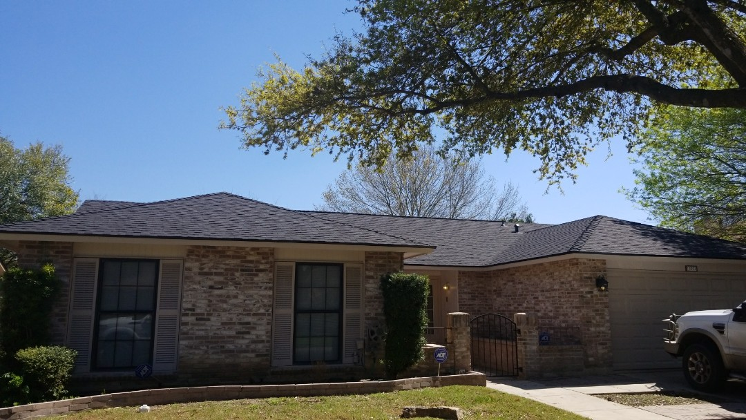 San Antonio, TX - Final inspection. GAF L/T HD Charcoal with Z Ridge