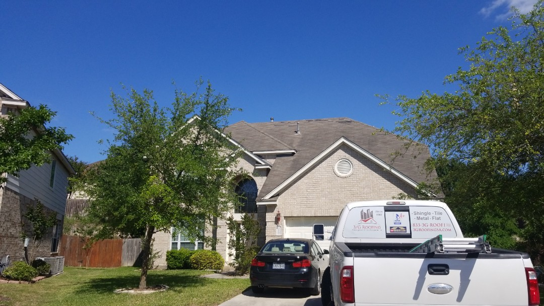 San Antonio, TX - Wind damage inspection