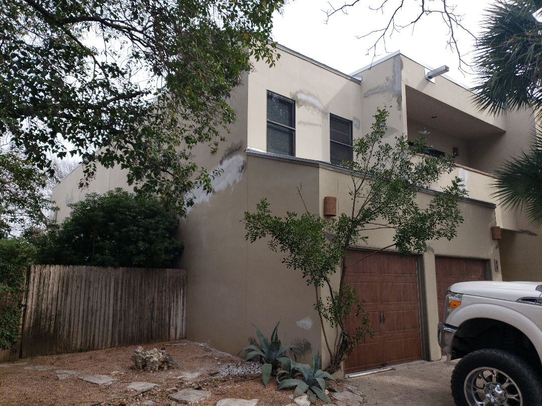 San Antonio, TX - Stucco repair