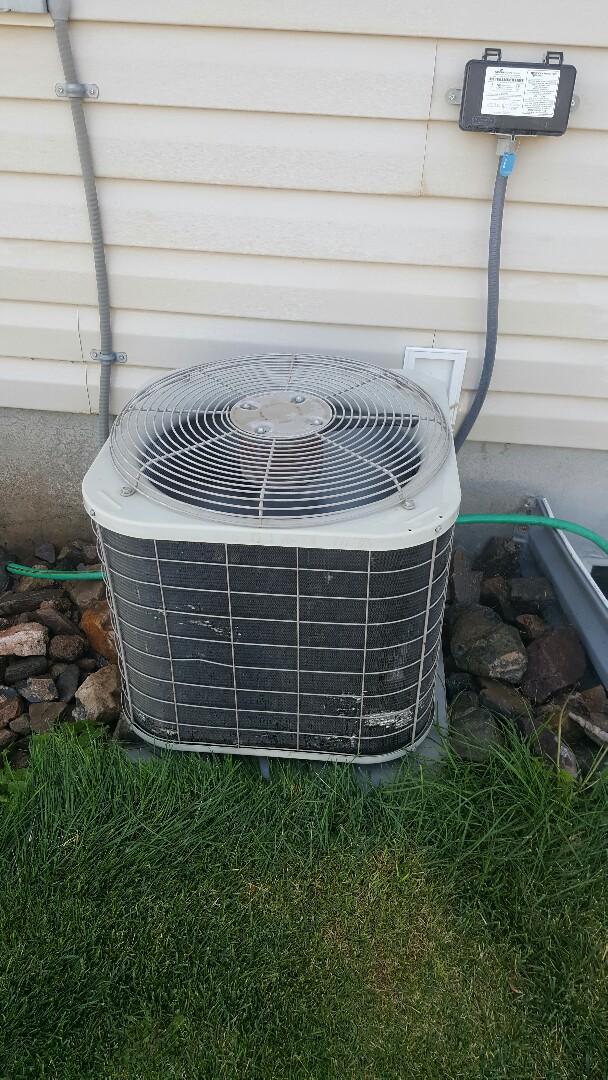 Santaquin, UT - Ac tune up on bryant air conditioner