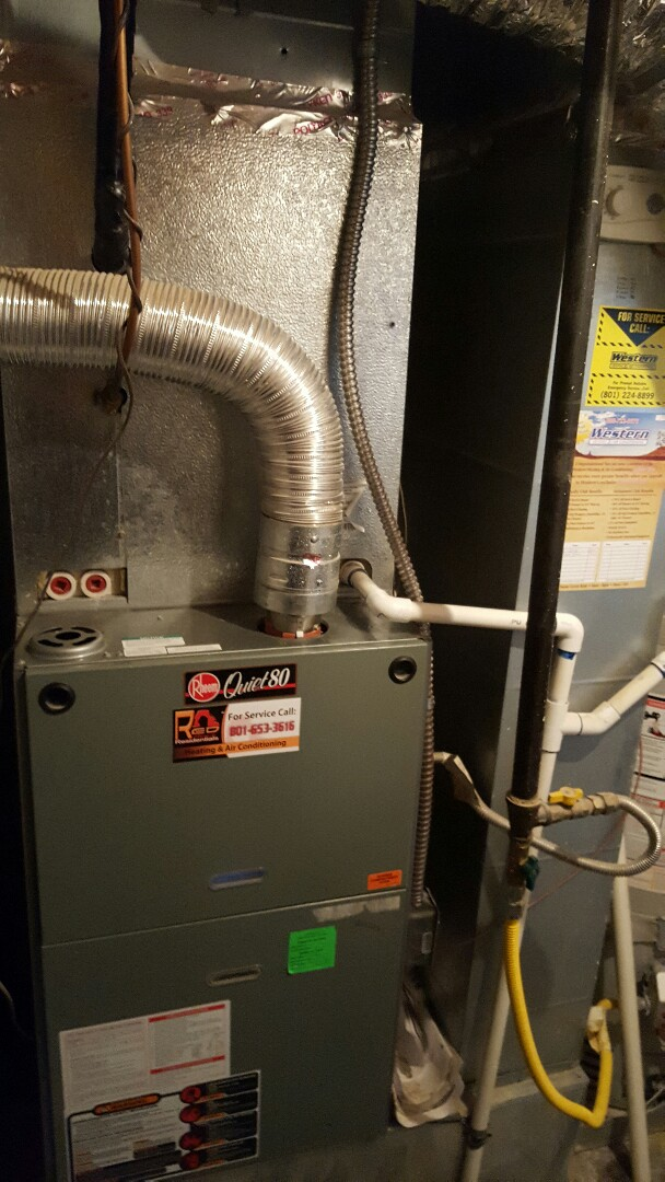 Eagle Mountain, UT - Performed a furnace tuneup on a Rheem system.