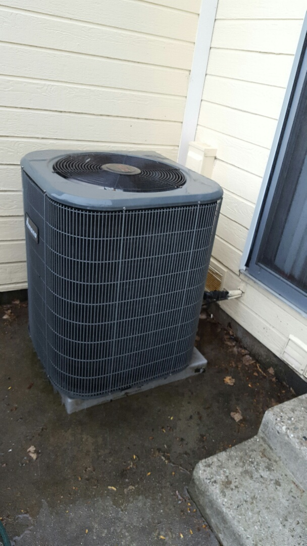 Air conditioning tuneup on an Amana air conditioner