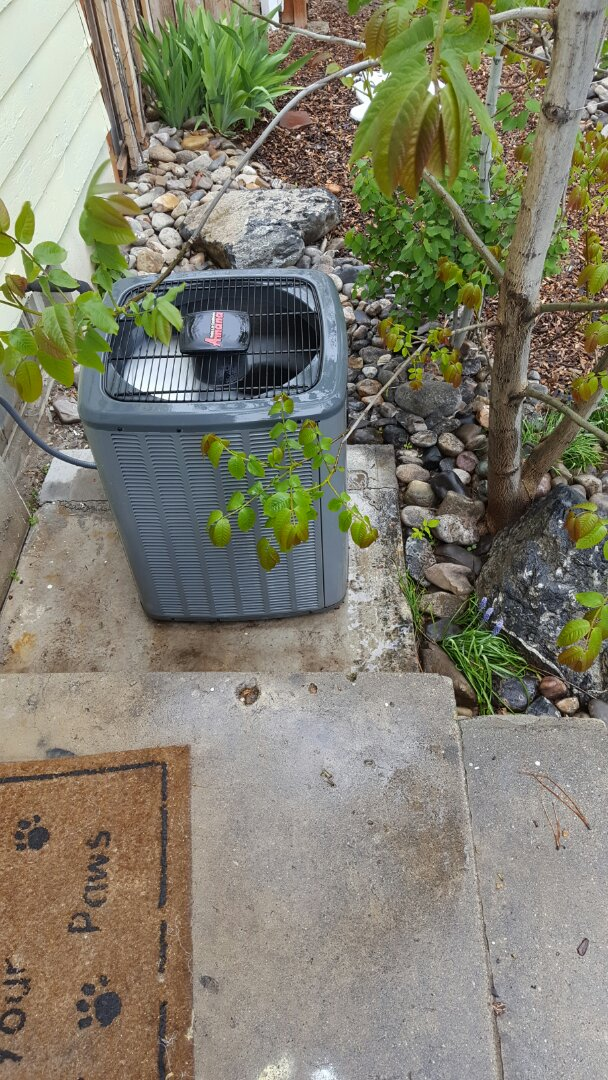 Pleasant Grove, UT - Air conditioning tuneup performed on an Amana air conditioner and replaced the filter inside