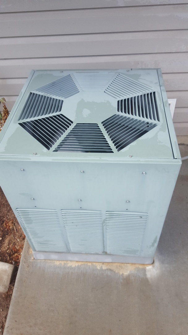 Spanish Fork, UT - Thirty point inspection performed on a Rheem air conditioning system