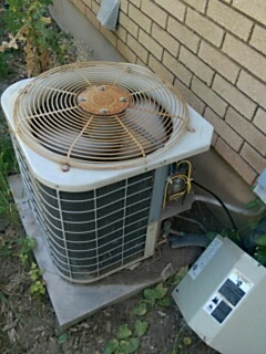 """Payson, UT - On a """"no cool"""" service call. Working on the condenser."""