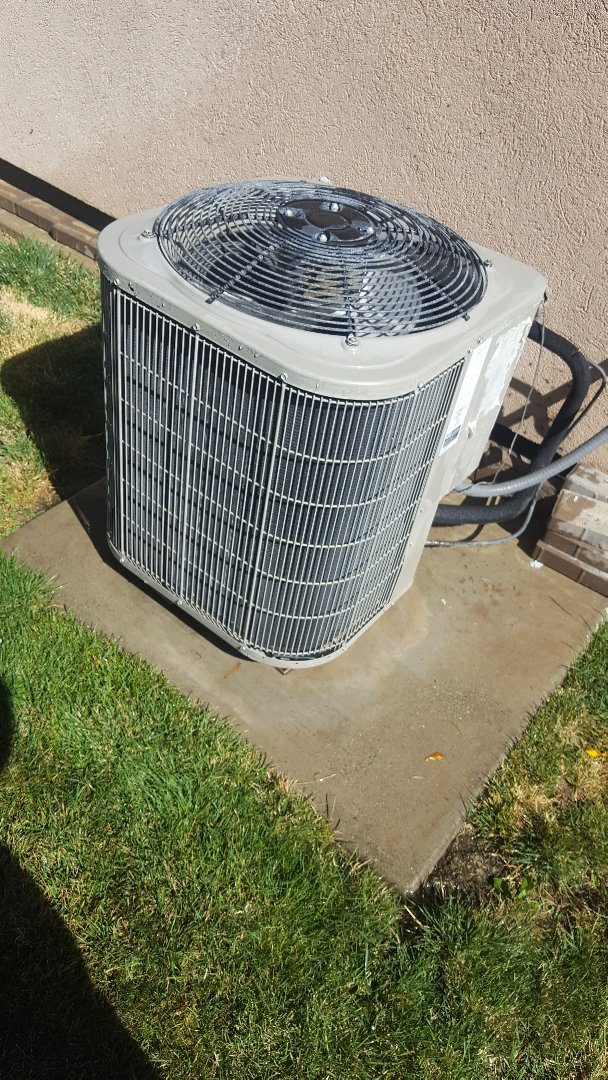 Spanish Fork, UT - Air conditioning tuneup on a Bryant air conditioning system