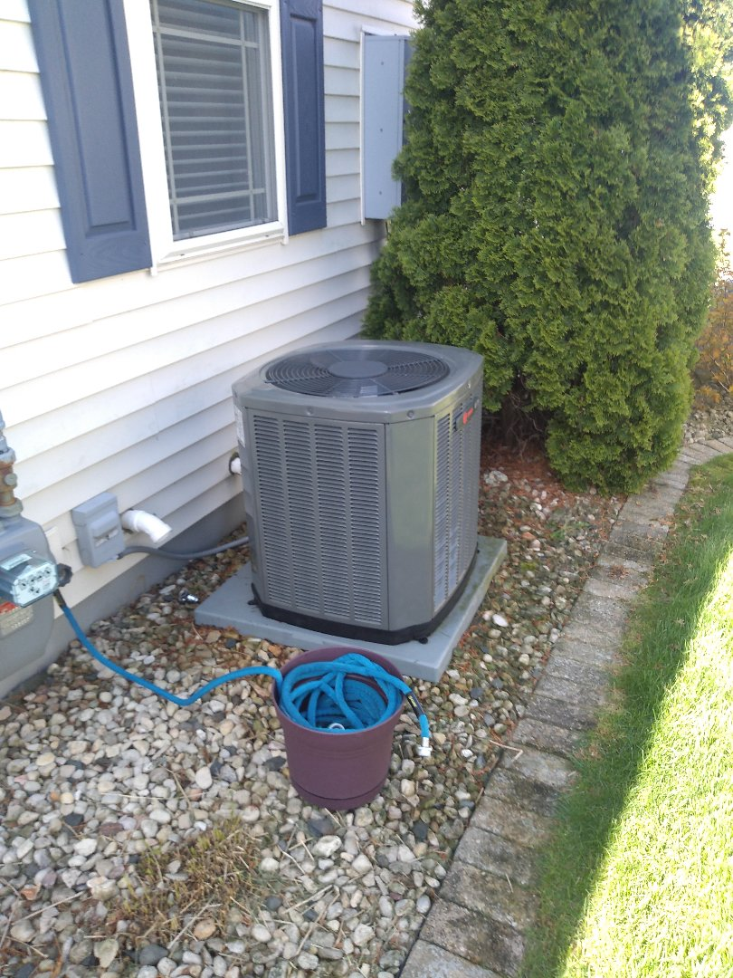 Madison, WI - Trane air conditioning cleaning and maintenance