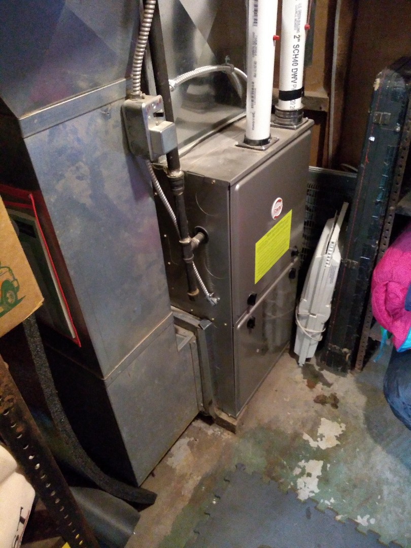 Madison, WI - Payne furnace cleaning and maintenance.