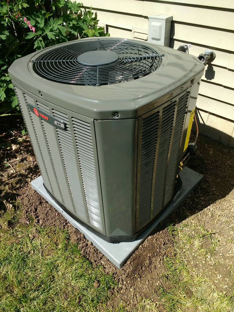 Cottage Grove, WI - Trane air-conditioning installation