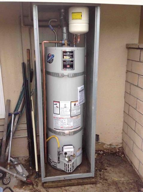 Fullerton, CA - Install new 40 gallon water heater to code