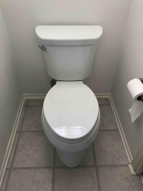Placentia, CA - Set toilet and install closet flange