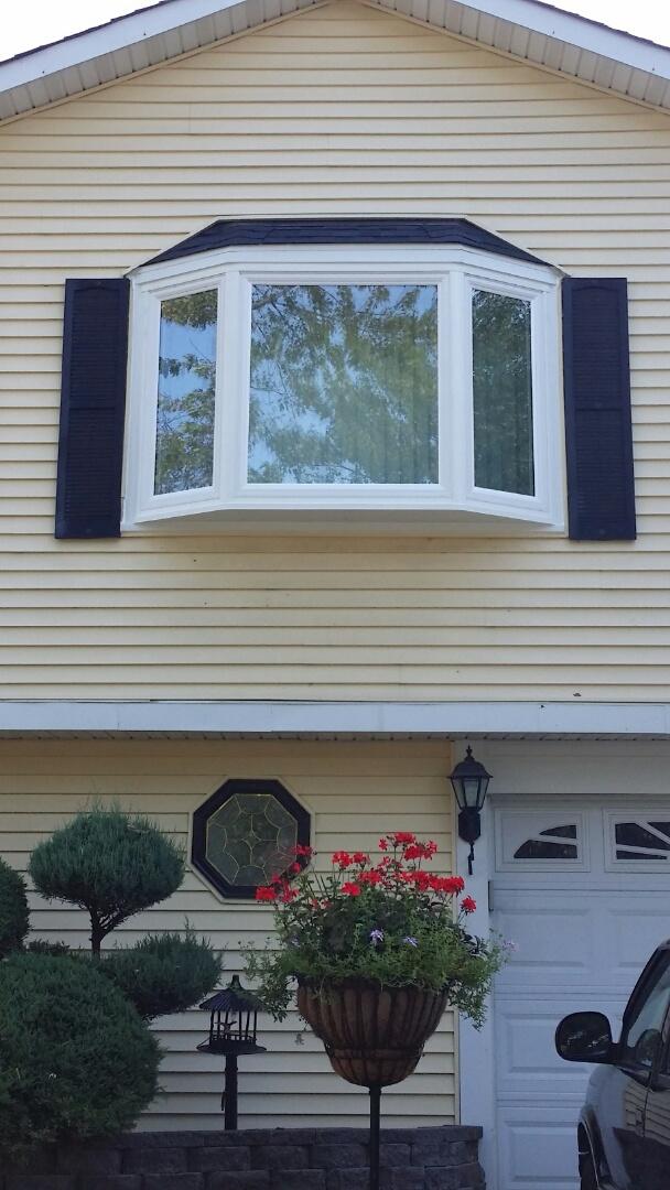 Matteson, IL - Beautiful Bay window installed in Matteson