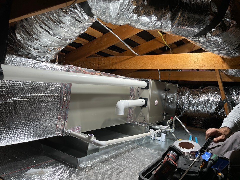 Newark, CA - All new high efficiency Heating and Cooling system in attic