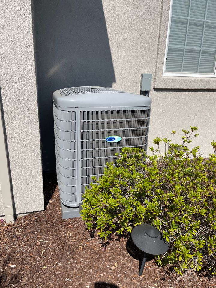 Belmont, CA - Carrier Infinity Condenser. The homeowner thought there was a problem, he can't even hear while in operation. It's meant to be this quiet. TOP OF THE LINE! HVAC installer and hvac repair.